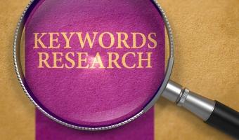 Dobór słów kluczowych na podstawie danych z wyszukiwarki wewnętrznej